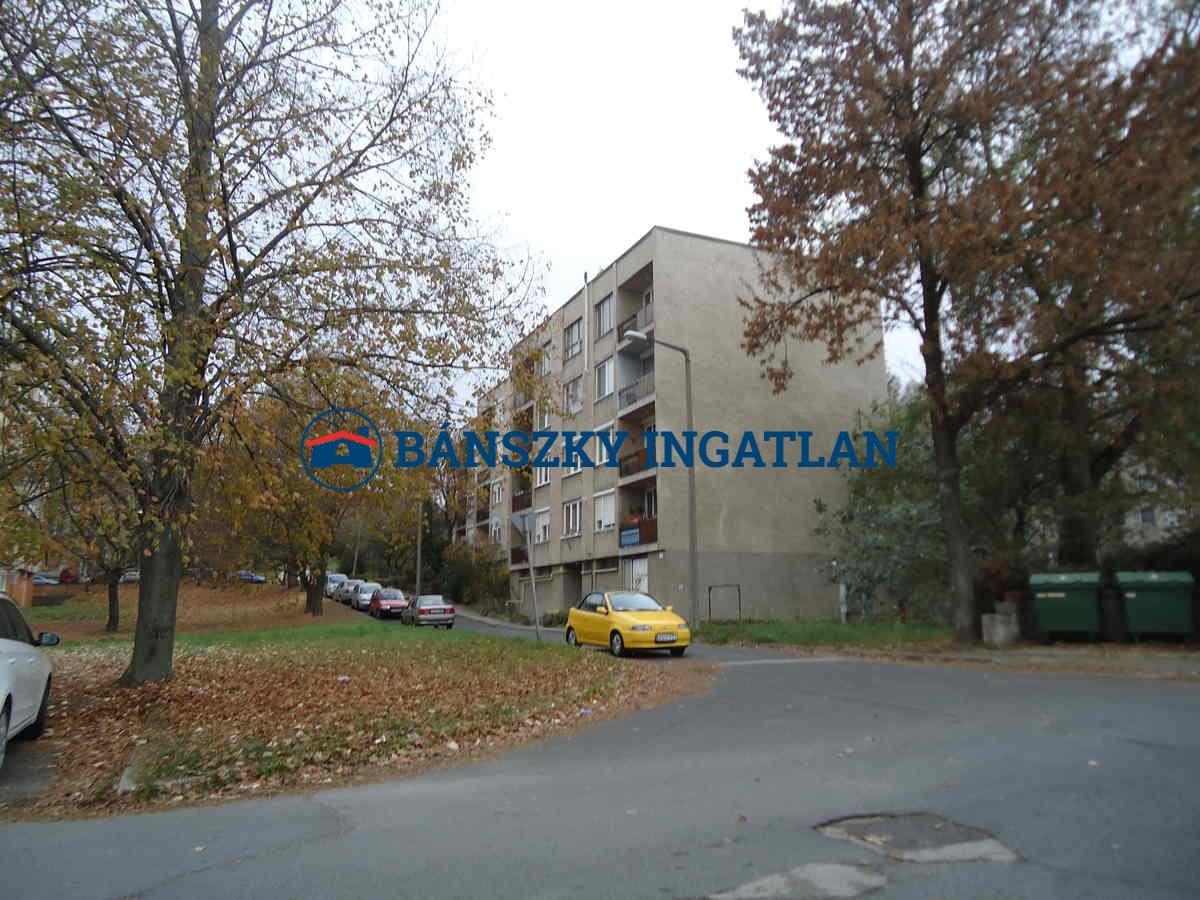 L/1065 Lábatlan lakás, 4,3mft