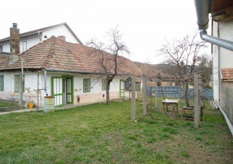 V/920 Mogyorósbányán 70nm-es cs.ház 9,5mft