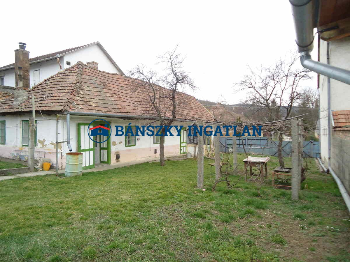V/920 Mogyorósbányán 70nm-es cs.ház 7,5mft